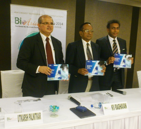 (L to R) Mr. Utkarsh Palnitkar, Head of Advisory & Lifesciences Practice - KPMG India; Dr. KV Raghavan, Working President - FABA & Former Director - CSIR-IITC and Mr. Manni Kantipudi, CEO, GVK Biosciences